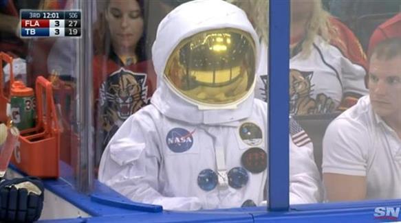 Malektronic astronaut sponsorship strategy